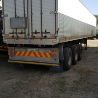 Afrit Tri- axle aluminium closed body trailer