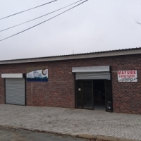Prominent Commercial Business Property to Let...