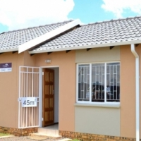 new gap full houses in windmill park close to vosloorus