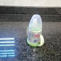 baby bottles,feeding bottles,milk storage containers