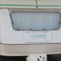 1990 Gypsey 4B Caravan