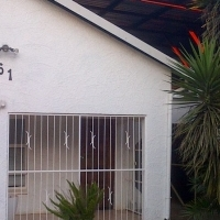 Newly Renovated, Fully Furnished Spacious Flat to rent in Parkrand (110m²), Boksburg