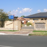 2 Bedroom Townhouse - Parys