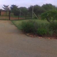 Beautiful house on 1 hectare plot Roodeplaat area