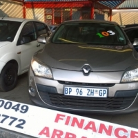 Manager Special: Renault Megane 2011 1.6 shake it with very low km