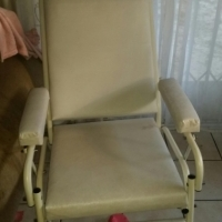 Message bed and Reclining  beauty chair