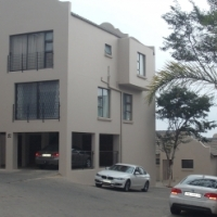 Spacious and modern two bedroom townhouse in Little Falls, Roodepoort