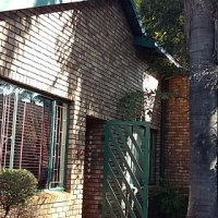 House to rent in Theresapark - N946