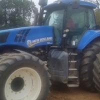 2011 NEW HOLLAND T8.330 TRACTOR