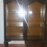 Ball and claw Display cabinet