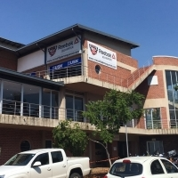 Retail/office space in Centurion business Park