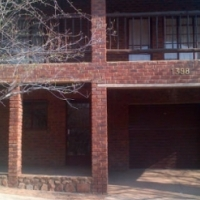 Leeupoort Thatched Holiday selfcatering house to rent near Thabazimbi Limpopo