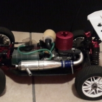 2.5 horsepower Thunder Tiger RC nitro's remote control car for sale