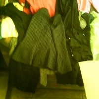 20 pieces of ladies clothing must go today