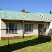 three Bedroom house for rent in Mayberry Park Alberton from 1 Aug @ R 8,000 p/m