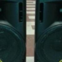Behringer B215D active speakers - excellent condition