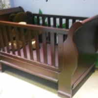 Baby Cot, Compactum, Rocking Chair, Mamaroo, Jungle gym & Vibrating Bouncer