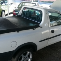 Opel corsa bakkie 1.4 manual 2004 model 184000 km Excellent running condition
