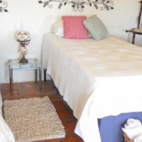 Private and safe garden flat for 3 months - Knysna