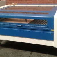 1300 x 900 80W Laser Engraving and Cutting Machines