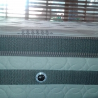 NEW PAMPER TOP QUEEN SEALY MATTRESS AND BASE FOR SALE ( 152 X 188 cm)** Free Delivery**