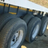 Triaxle Flat Deck Trailer for hire
