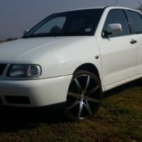 Volkswagen Polo Classic 1.8i Executive
