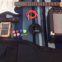 Electric guitar combo bundle for sale(in very good condition)