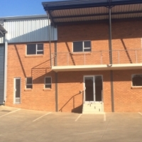 BEAUTIFUL BRAND NEW WAREHOUSE / FACTORY / DISTRIBUTION CENTRE TO LET IN HENNOPS PARK, CENTURION!
