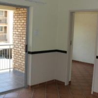 Lovely, sunny and secure 2 bed, 2 bath townhouse. Dunnottar Springs