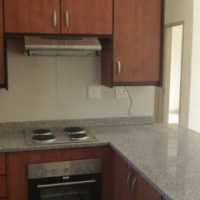 Newly renovated 2 Bedroom townhouse in Brackendowns