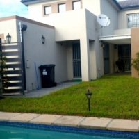 BARGAIN for this Double story Parklands North 4 bedroom home