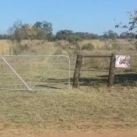 Plot between Hammanskraal and Pretoria