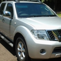 2012 Nissan Navara 2.5 DCI LE Pick Up Double Cab with the following km's 159161