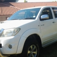 2010 Toyota Hilux 3.0 D4D Raider 4x4 Pick Up Double Cab with full service history