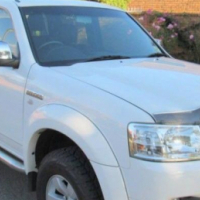 Ford Ranger DOUBLE CAB 4X2 MANUAL