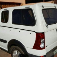 2010 Nissan np200 1.6 16v SE with 67000km for sale