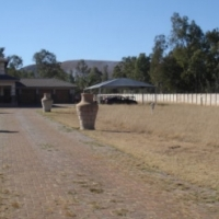 Beautiful Plot.Small Holding in Andeon near the Hornsneck Road. Double storey with 4 Lock up Garages