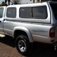 2000 Toyota - Hilux 2700i Raider R/B