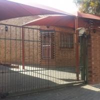Office space with en-suite bathroom to rent in Waverley Pta