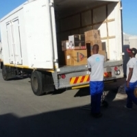 Enclosed Empty truck available from Graaf Reinet via Beaufort West to Cape Town 0783437396