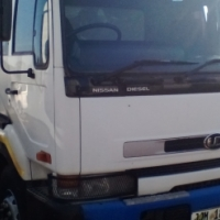 Nissan UD 350 6 Cube Tipper