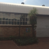 WELL PRICED FACTORY / WAREHOUSE TO LET IN A SECURE INDUSTRIAL PARK IN GATEWAY INDUSTRIAL PARK, CENTU