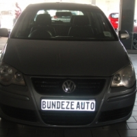 Pre owned 2009 Polo vivo .1.4 engine trend line