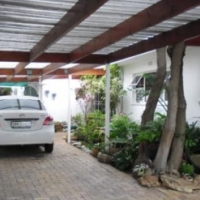 6 BEDROOM HOUSE FOR SALE IN KLEINMOND