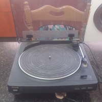 Aiwa working turntable for SALE