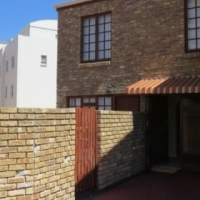 3 bedroom Duplex in Blouberg