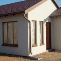 Pretty 2 Bedroom Home with huge Stand for first time Buyers
