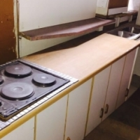 Second Hand Kitchens RKF ID Kit1062