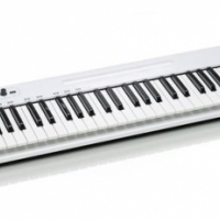 Samson Carbon 61 - USB MIDI Controller -New with a one year warranty